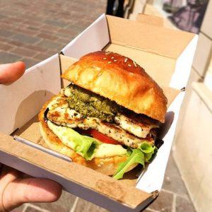 halloumi_burger